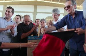 ricardo inaugura casa lar em itaporanga_foto jose marques (3)